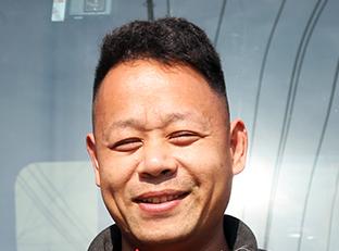 陆秀山:开领航卡车跑运输,我骄傲