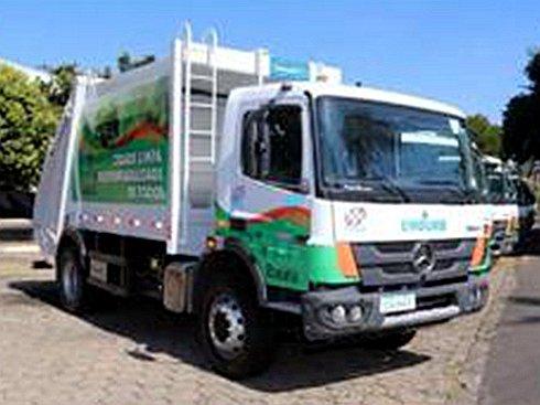 艾里逊自动变速箱配装环卫车亮相巴西包鲁市