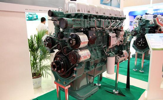 奥威发动机缸盖结构图
