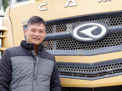 """跟车实录:华菱汉马H7司机聂伟平:工作就是""""认真""""二字"""